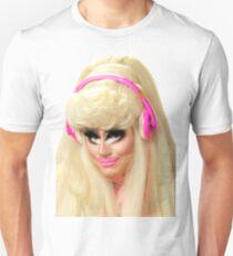 Trixie Mattel - Barbie look Unisex T-Shirt