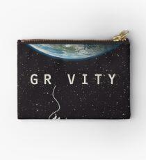 Gravity, alternative poster, printable, Sandra Bullock, George Clooney, Alfonso Cuaron, nasa astronaut, movie poster, film poster Bolso de mano