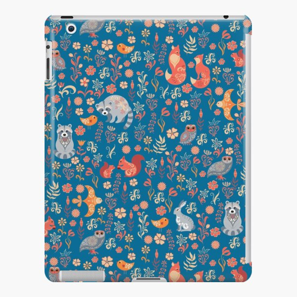 Fairy-tale forest. Fox, bear, raccoon, owls, rabbits, flowers and herbs on a white background. Seamless pattern. iPad Snap Case