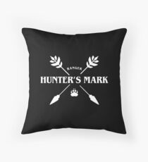 Ranger Hunter's Mark Slaying Dragons in Dungeons DnD Throw Pillow
