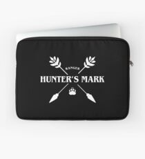 Ranger Hunter's Mark Slaying Dragons in Dungeons DnD Laptop Sleeve
