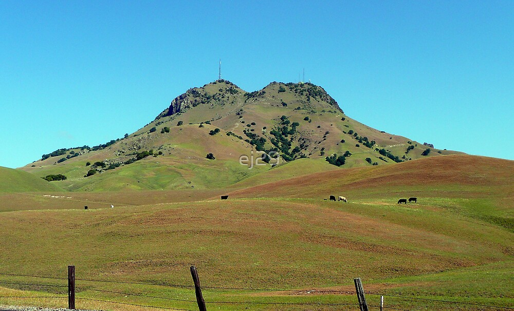 Sutter Buttes by ej29