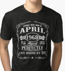 Camiseta de tejido mixto Nacido en abril de 1968, las leyendas nacieron en abril de 1968