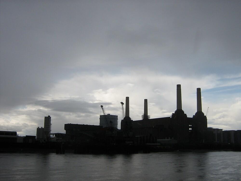 Battersea Power Station by profusemoose