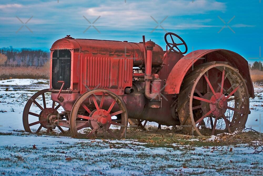 McCormick-Deering tractor by (Tallow) Dave  Van de Laar