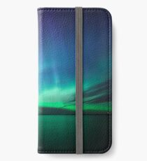 Beautiful northern lights iPhone Wallet/Case/Skin