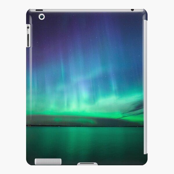 Beautiful northern lights iPad Snap Case