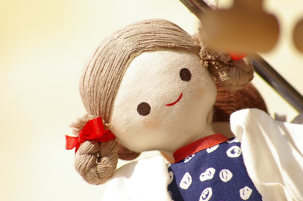 Smiley Doll by FrontlineFire