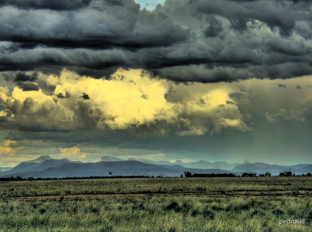 Warrumbungles storm 001 by pedroski