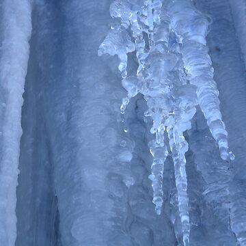 Frozen Chandelier by onihime
