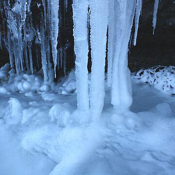 Frozen Deep by onihime