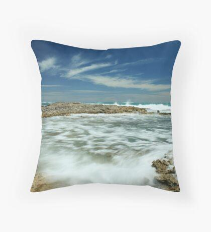 Wave flow Throw Pillow