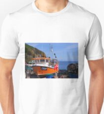 Cadgewith Cove Cornish Cod Catcher....!! Unisex T-Shirt