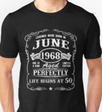 Camiseta unisex Nacido en junio de 1968, las leyendas nacieron en junio