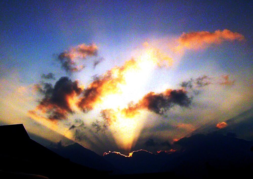 Volcanic Sunrays by Kamalanirose