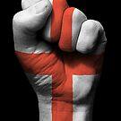 Flagge von England auf einer angehobenen geballten Faust von jeff bartels
