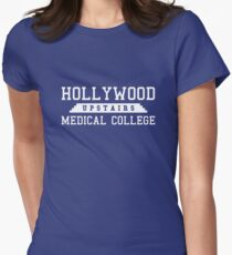 Hollywood Medical School im Obergeschoss Tailliertes T-Shirt