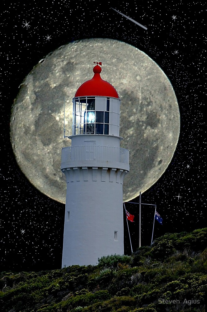 Moonstruck by Steven  Agius