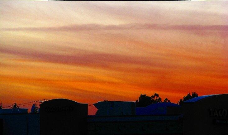 Sunset by lilestduncan