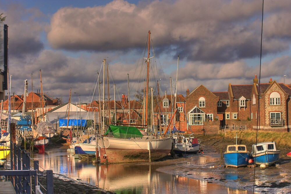 Dolphin Quay by Mike  Penfold-Green