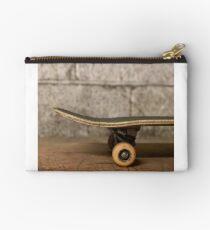 Skate art Studio Pouch
