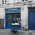 Le Bouquiniste - La Rochelle by Pamela Jayne Smith