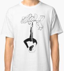 Lyra Back Balance Classic T-Shirt
