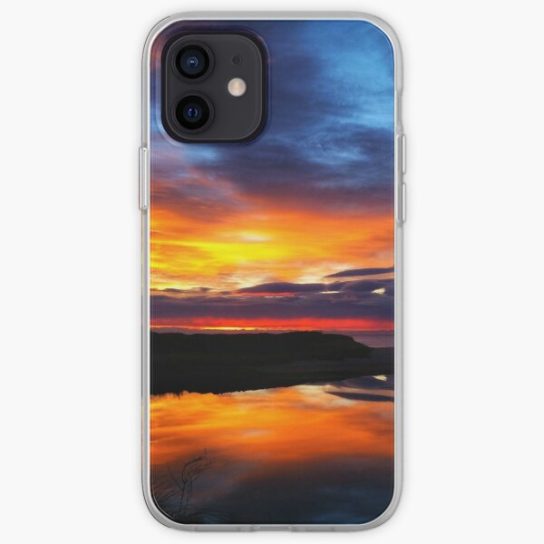 Sunrise at Coles bay Tasmania iPhone Soft Case