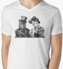 The Owl and the Pussycat | Black and White Men's V-Neck T-Shirt