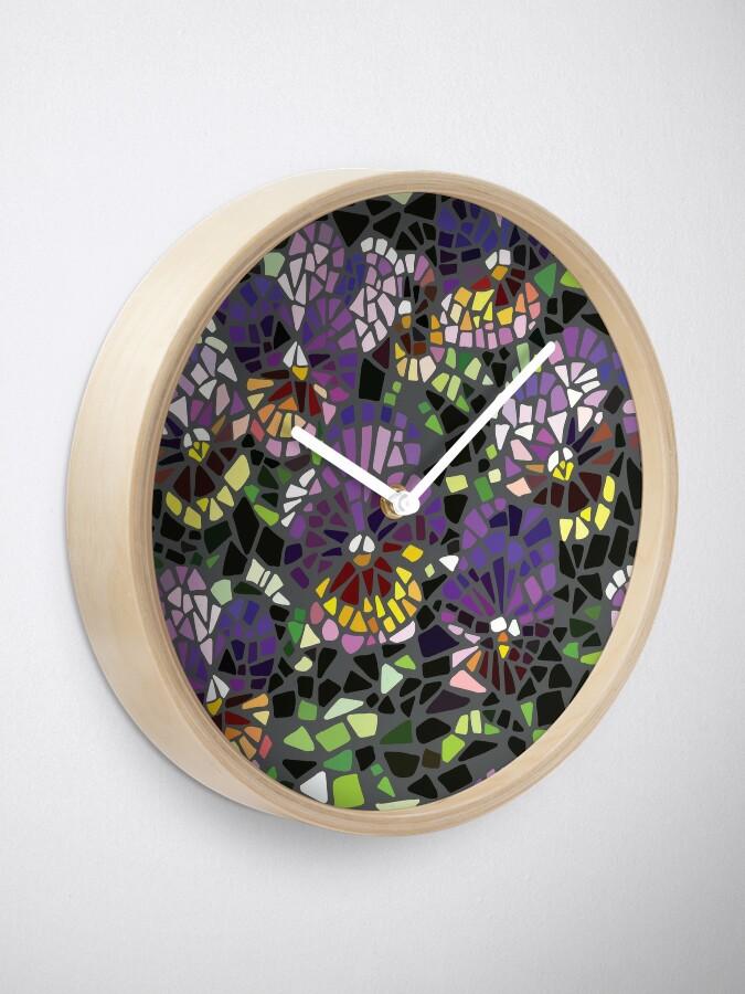 Alternative Ansicht von Mosaik lila Stiefmütterchen Uhr