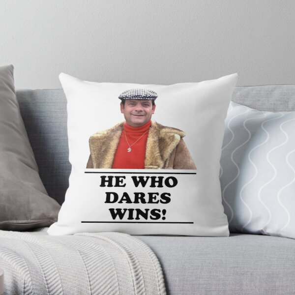 Delboy - He who dares wins Throw Pillow