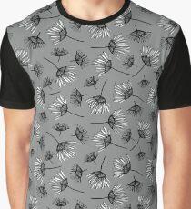 Gigi Toss Graphic T-Shirt