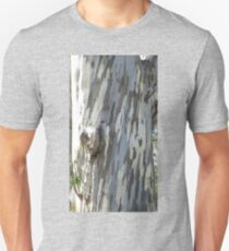 Gum tree 9: three trunks and a twisted knee. T-Shirt