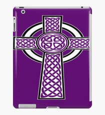 St Patrick's Day Celtic Cross White and Black  iPad Case/Skin