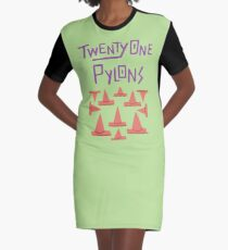 Twenty One Pylons Star vs the Forces of Evil Graphic T-Shirt Dress