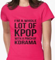 Eine Menge KPOP - PINK Tailliertes T-Shirt für Frauen