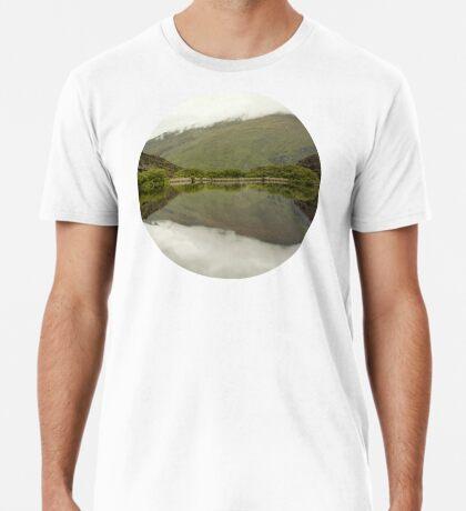 Reflexionen von Diamond Lake Premium T-Shirt