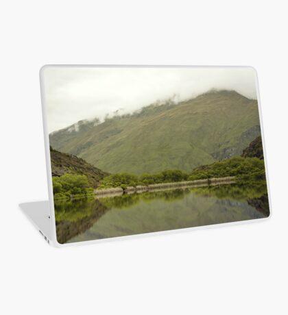 Reflexionen von Diamond Lake Laptop Folie