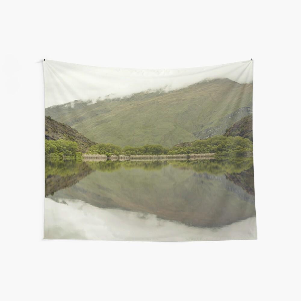 Reflexionen von Diamond Lake Wandbehang