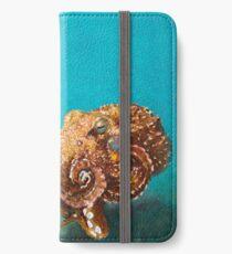 Giant Octopus iPhone Wallet/Case/Skin