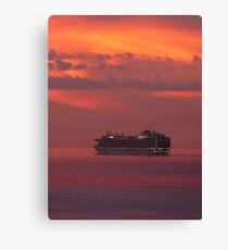 cruiser with sunset I - crucero con puesta del sol Canvas Print