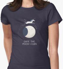 Über dem Mond-Icorn Tailliertes T-Shirt