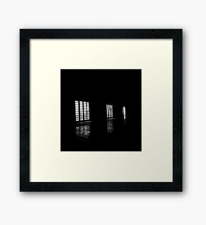 3 Janelas Framed Print