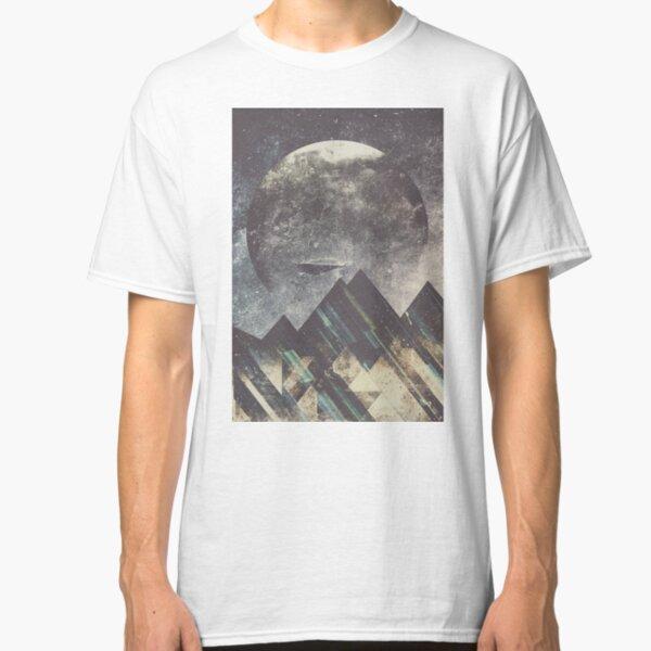 Sweet dreams mountain Classic T-Shirt