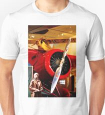 Amelia Earhart and Lockheed Vega 5B Unisex T-Shirt