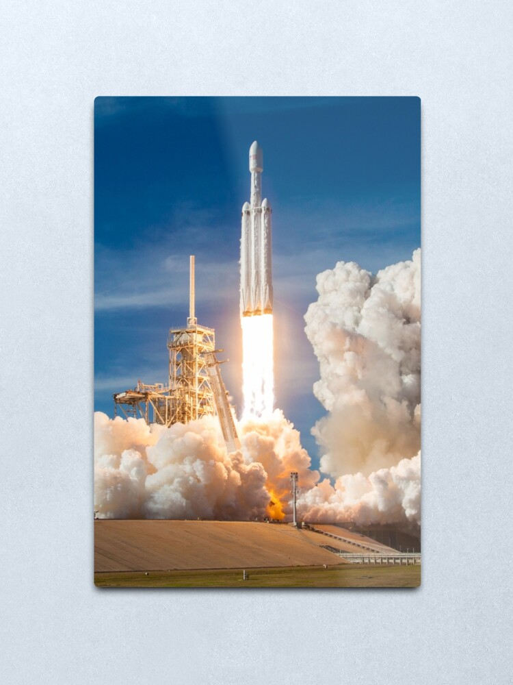 Alternate view of SpaceX Falcon Heavy Liftoff (8K resolution) Metal Print