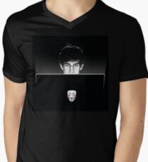 Dunkelkammer T-Shirt mit V-Ausschnitt für Männer