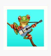 Baum-Frosch, der Nicaraguaflaggen-Gitarre spielt Kunstdruck