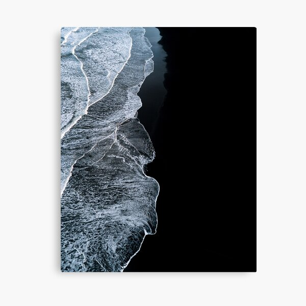 Olas minimalistas y playa de arena negra en Islandia - Fotografía de paisaje Lienzo