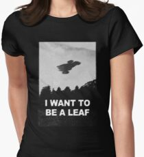 be leaf Women's Fitted T-Shirt